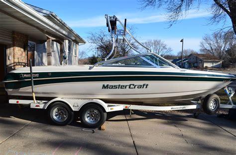 V Drive Ski Boat by Mastercraft Maristar 225vrs V Drive Ski Wakeboard Boat