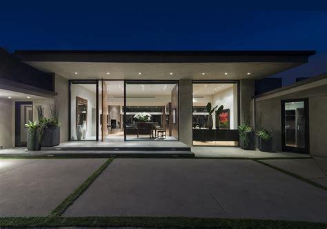 Fantastic Modern Concrete House Plans — MODERN HOUSE PLAN