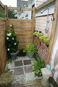 30 cool outdoor showers to spice up your backyard With fantastic ideas for outdoor shower enclosure in garden
