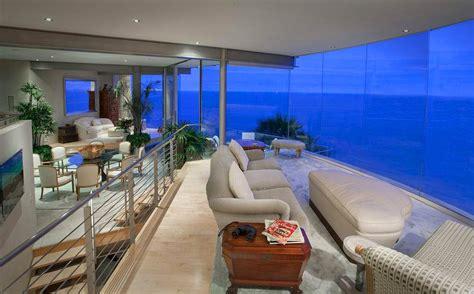 luxurious mansion  laguna beach   part