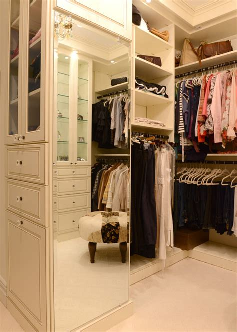 the fuction of a walk in closet in a building interior