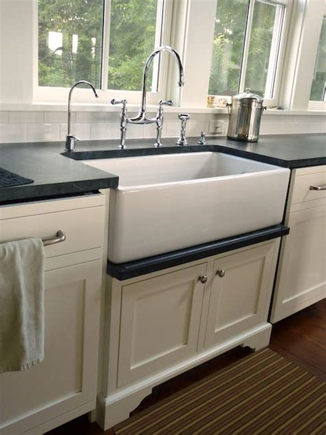 kitchen with farmhouse sink drip rail closeup farmhouse sink shaw kitchens 6509