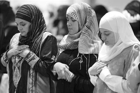 Muslim Woman Praying