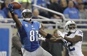Detroit Lions Calvin Johnson makes a one handed catch in ...