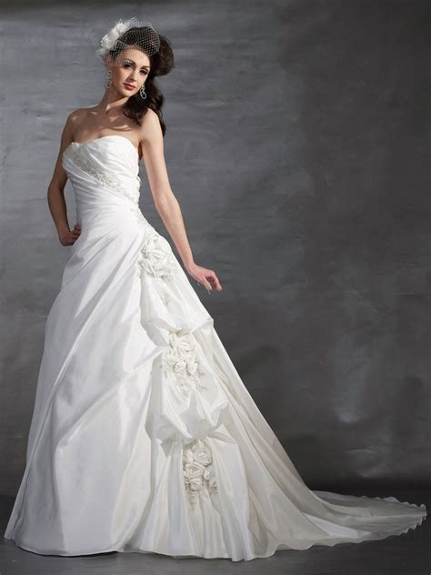 white gown wedding dresses 4 ideal white wedding gowns for modern 10 trends for womens