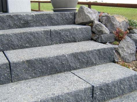 Treppenstufen Außen Holz by Treppenstufen Stein Innen Preise Granit Aussen Kaufen