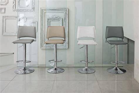 chaise de cuisine réglable en hauteur chaise de bar réglable en hauteur cuisine en image