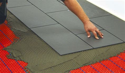 Elektrische Fußbodenheizung Unter Teppich by Fu 223 Bodenheizung Vorteile Und Nachteile Warmup