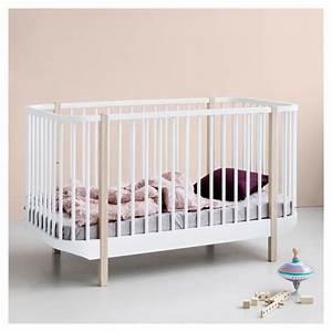 Lit Design Enfant : lit b b volutif en bois massif design scandinave oliver furniture ~ Teatrodelosmanantiales.com Idées de Décoration