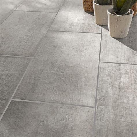 carrelage gris cuisine carrelage sol et mur gris effet bois saloon l 30 x l 60 cm