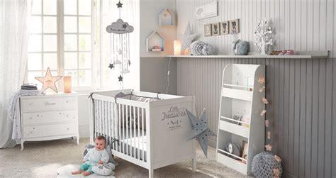 chambre b b autour de b b 5 conseils pour aménager la chambre de bébé le déco