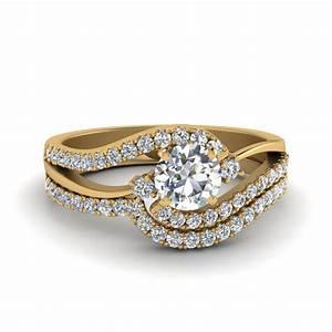 round cut 3 stone diamond swirl bridal set in 14k yellow With swirl diamond wedding ring set