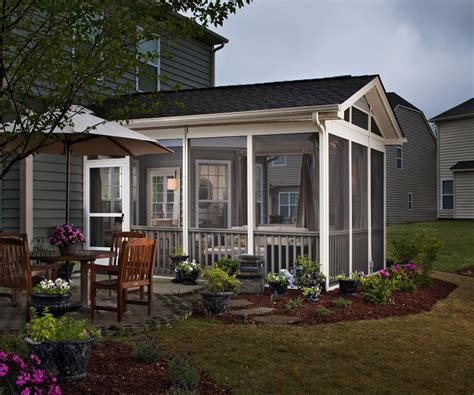 Screen Porch Material by How To Choose Between A Screened In Porch 3 Season Room