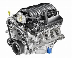 Chevy Silverado's 6 2-Liter V8 Honored on WardsAuto 10