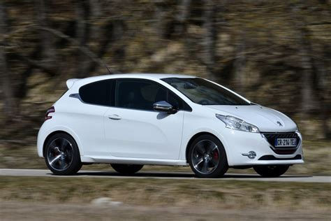 Peugeot 208 Picture by 2013 Peugeot 208 Gti Pictures Auto Express