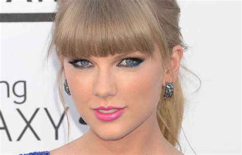 Marcassitas fazem Taylor Swift brilhar muito   Blog Prata Fina