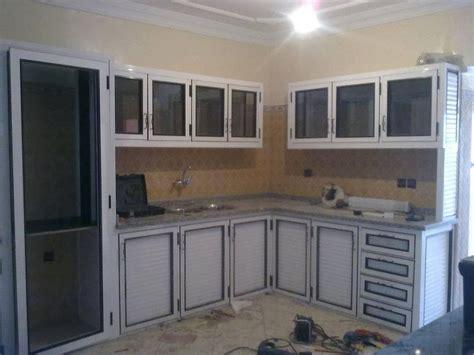 des cuisines en tunisie decoration cuisine en aluminium meuble de cuisine en