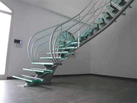 cristal diaphane de l escalier design en verre la stylique