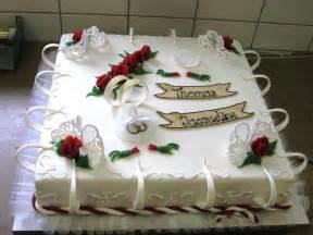 besondere hochzeitstorten besondere hochzeitstorten für einen besonderen anlass hochzeitstorte cupcakes bestes hochzeits