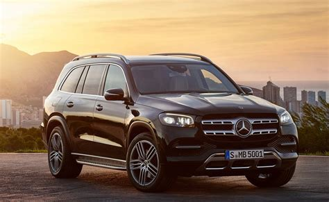 mercedes benz gls suv launched  inr  lakh