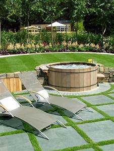 Whirlpool Rund Outdoor : holzverkleidung rund ideen whirlpool im garten patio g rten pinterest holzverkleidung ~ Sanjose-hotels-ca.com Haus und Dekorationen