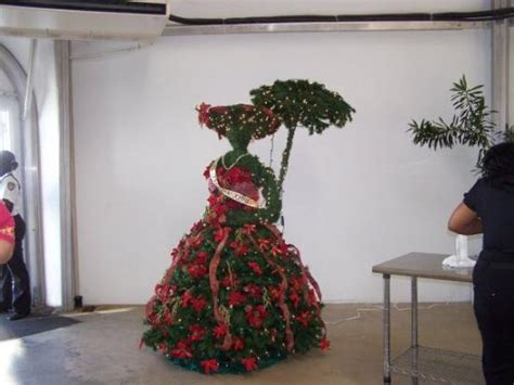 This Has To Be The Most Unique Christmas Tree I've Ever