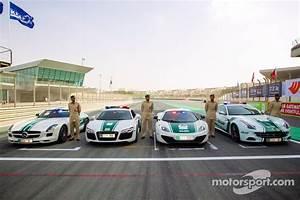 Voiture Police Dubai : voitures de police exotiques dubai une mercedes amg sls une audi r8 une mclaren mp4 12c et ~ Medecine-chirurgie-esthetiques.com Avis de Voitures