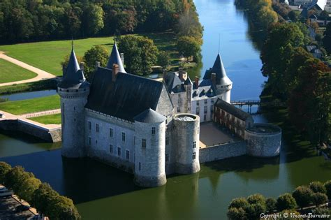 photo aerienne de sully sur loire loiret