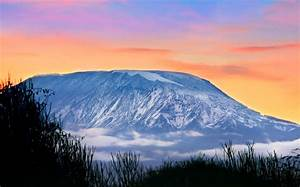 14 Mount Kilimanjaro HD wallpapers