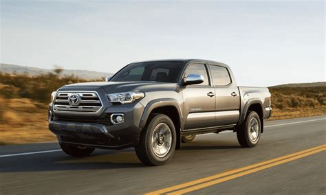 toyota tacoma trd  road double cab review