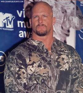 WWE CHAMPS: STONE COLD STEVE AUSTIN 'WHAT?'