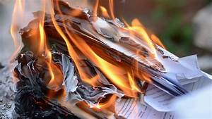 what39s the best way to burn paper documents at home With burning documents
