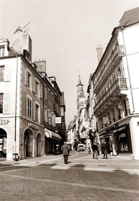 rue du commerce cuisine place carnot et rue du commerce c 39 est la vie images d