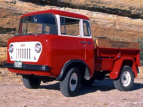 older jeep vehicles uaz 452 als chuck norris een auto was autoblog nl