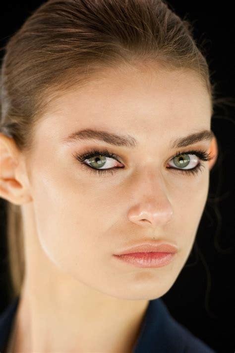 natuerliches   langhaltendenatuerliche schminke fuer