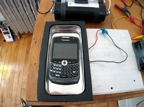 cell phone cooler home built cellphone cooler reduces degradation of battery