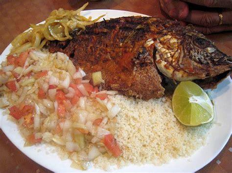 recette de cuisine cote d ivoire cuisine atti 233 k 233 et poissons brais 233 s apf ivoirtv