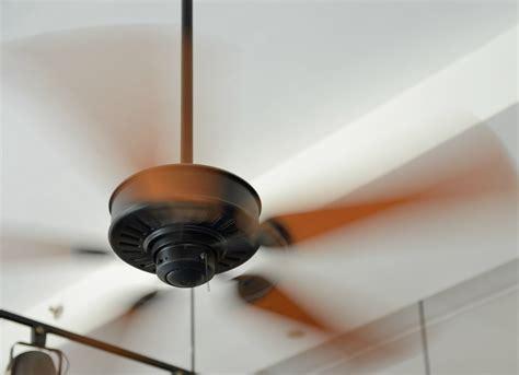 turn ceiling fan counterclockwise run fan clockwise in winter 23 brilliant hacks to help
