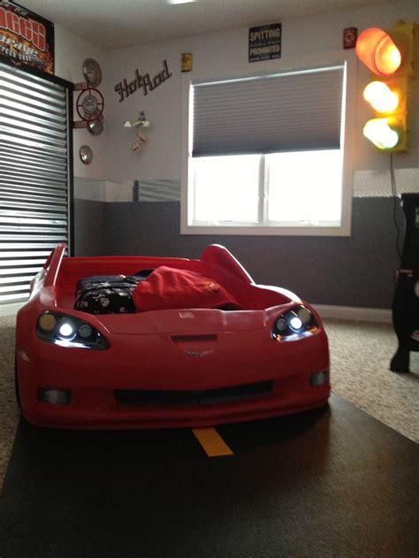 race car room decor car 33 best images about dean 39 s corvette car room on