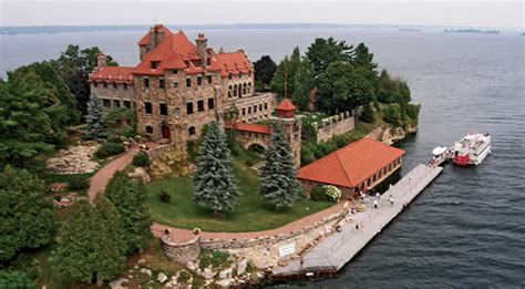 Thousand Islands Boat Tours by Singer Castle Tour Thousand Islands Boat Tour