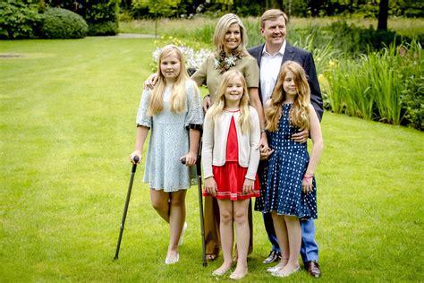 koninklijk huis familie d 237 t is de eerste foto van de fotosessie van het koninklijk