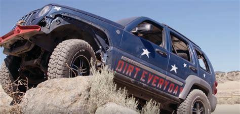 Motor Trend's Battle Of The Beaters Is Cheapjeepin' Fun