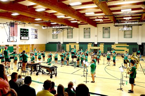 band director offers sneak preview spoofhound field show