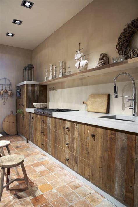 meubles cuisine bois brut les 20 meilleures idées de la catégorie cuisine bois massif sur