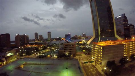 checking  weather  downtown jacksonville florida