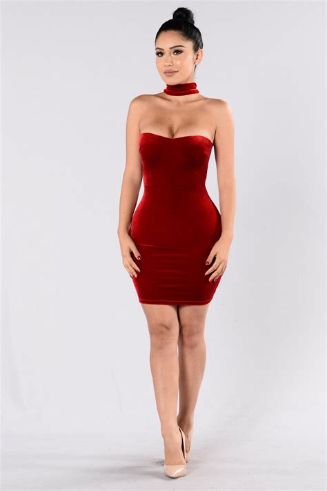 compares dress red