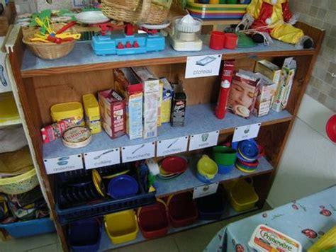 cuisine en maternelle coin cuisine maternelle idées d 39 images à la maison