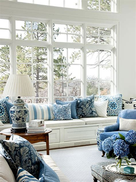 livingroom color schemes colors that go with navy blue