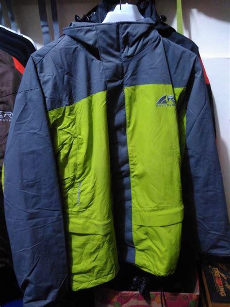 Jual Jaket Merk Rei jual jaket rei polar ukuran l di lapak hijrah store