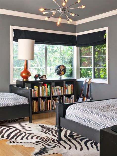 Bedroom Ideas Black White And Grey by 15 Black And White Bedrooms Hgtv